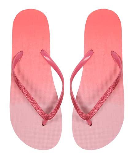 Sencillas-sandalias-para-playa-de-mujer