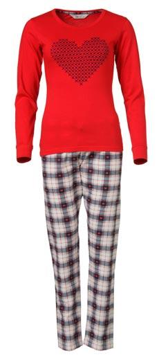 Amor-en-pijamas-para-la-mujer-espanola-de-hoy