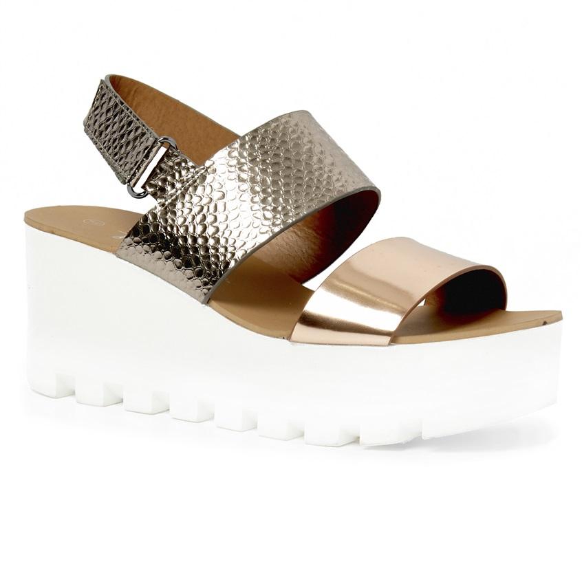 Sandalias bitonales metalizadas con plataforma