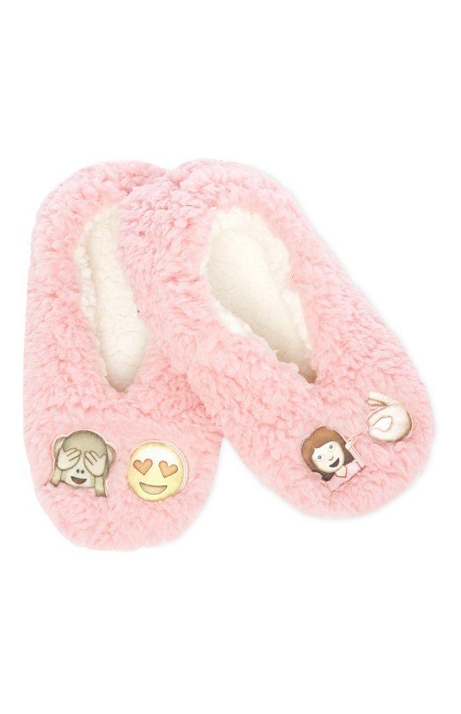 zapatillas de estar por casa con emoticonos primark