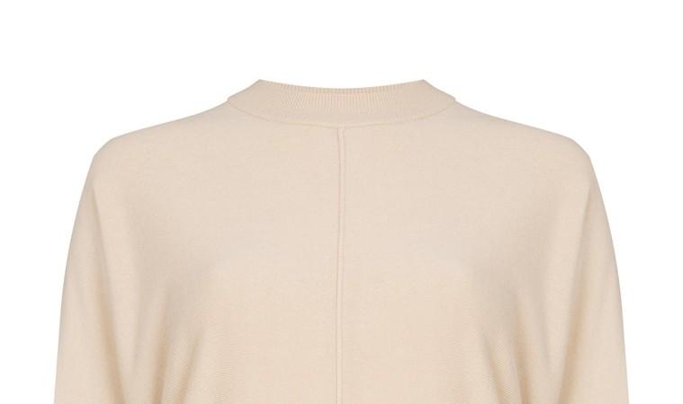 Jersey color avena con manga murciélago