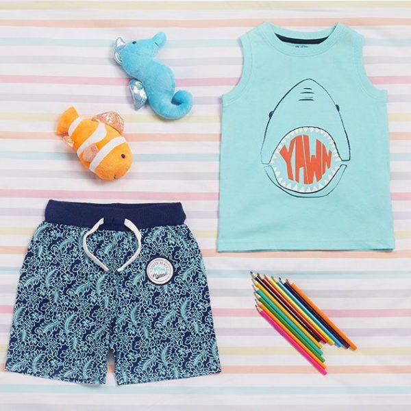 Pijama con tiburón 6€ (Conjunto combinado)