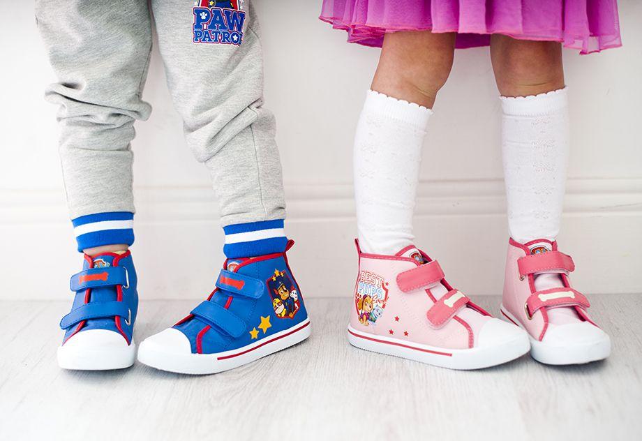 Zapatillas altas 12 €