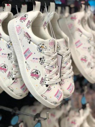 Las zapatillas de Mickey y Minnie Mouse que querrás tener, sí o sí