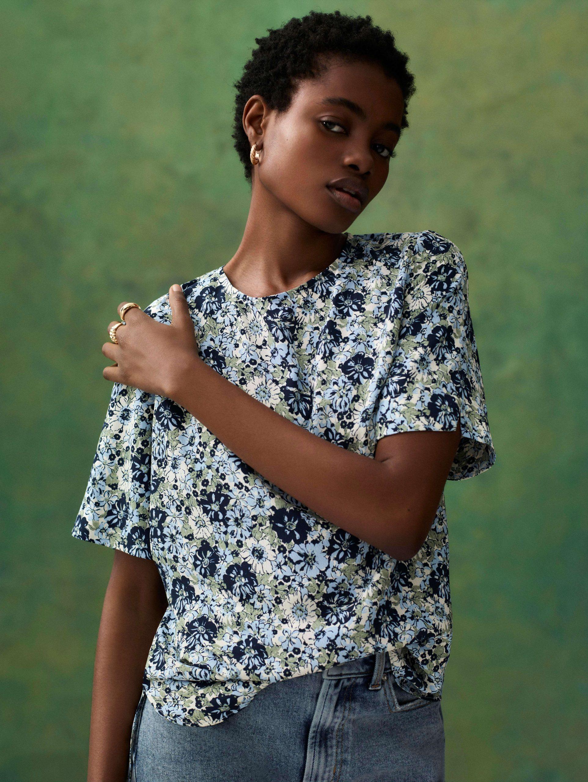 Camiseta floral mujer